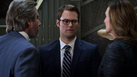 觀賞布萊斯與克蘿依。第 2 季第 11 集。